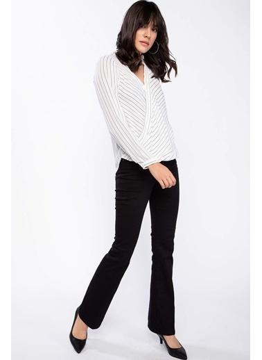 DeFacto Çizgili Kravuze Bluz Beyaz